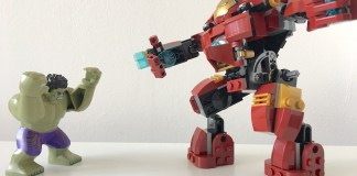 Lego Iron Man and Hulk Fight