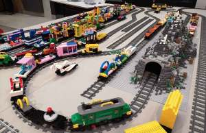 Chemin de fer et train en lego