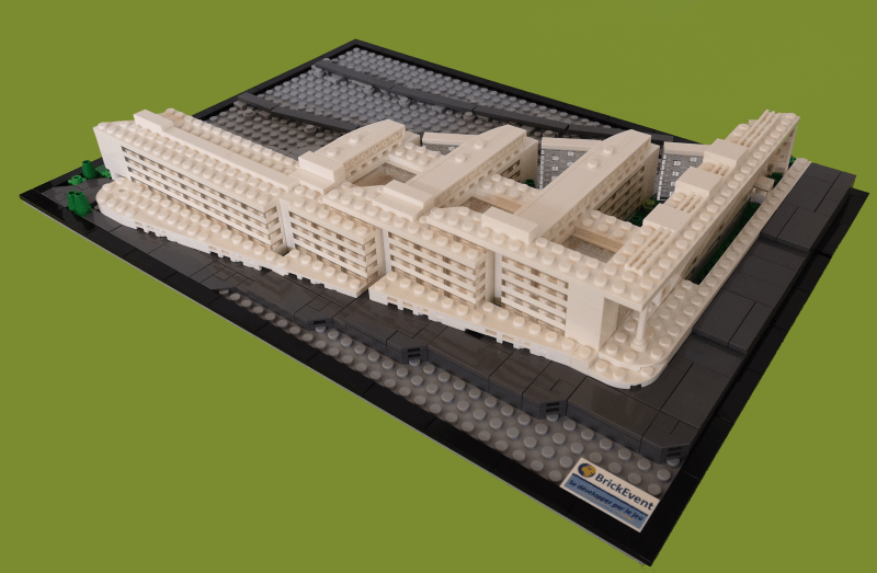 Maquette bureaux en Lego pour Savills