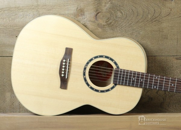 Norman Encore B20 Folk Brickhouse Guitars