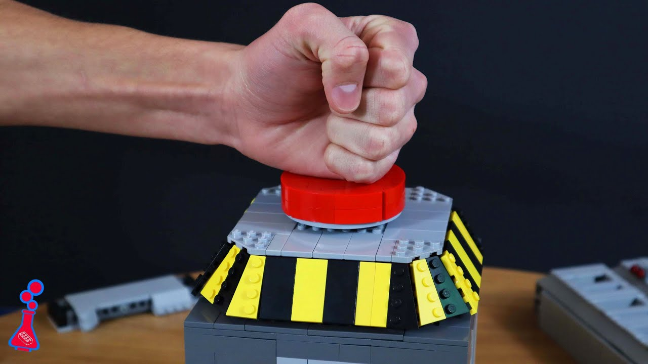 How To Build Lego Among Us Emergency Button That Shoots Confetti Brickhubs