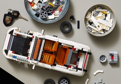 LEGO® Car Family Adds A New Version of a Legend: TWO-IN-ONE LEGO PORSCHE 911 TURBO AND 911 TARGA Set Revealed