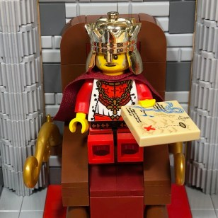 YMK Brickburger after being crowned KIng of the Realm of Bricklyn