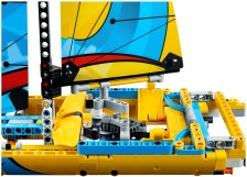 42074 lego technic racing yacht 6