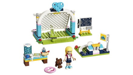 41330 lego friends stephanie's sport park 2