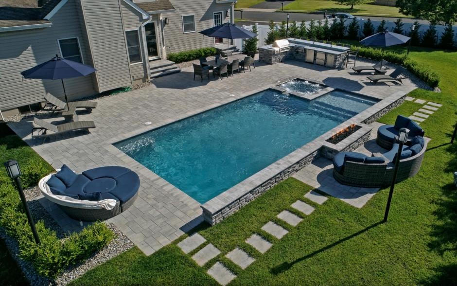 fiberglass pool builder NJ