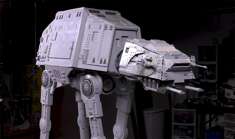 This Custom LEGO AT-AT Took 6,000+ Parts and 26 Hours To Build!