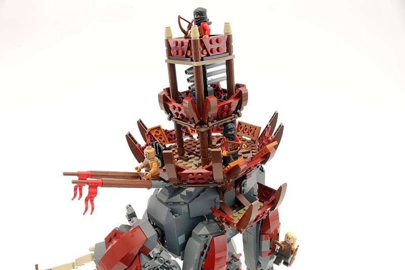 Tremble at the Might of This Custom LEGO Lord of the Rings Oliphant Set!