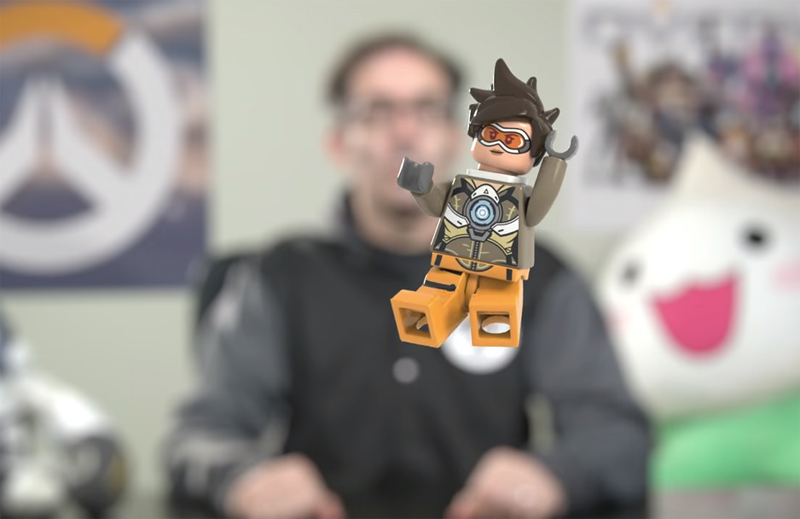 An Early Look at the LEGO Overwatch Tracer Minifigure