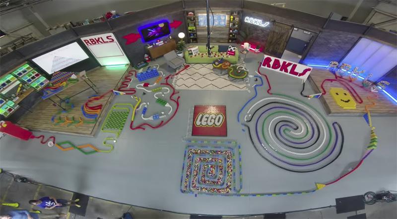 LEGO Domino Course