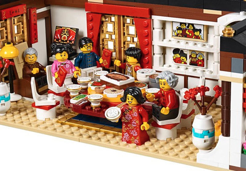 First Images of the LEGO Regional Sets Chinese New Year's Eve Dinner (80101) and Dragon Dance (80102) Released