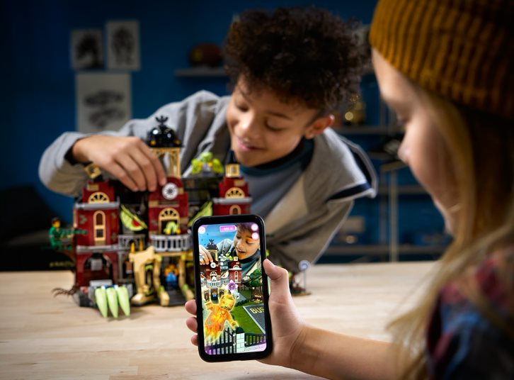 "LEGO Reveals ""Hidden Side"": New AR Game App with Tie-In Sets, to be Showcased in New York Toy Fair"