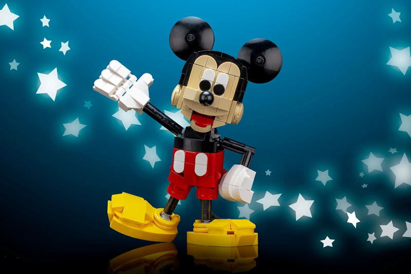 Oh Boy! This Custom LEGO Mickey Mouse Pays Homage to the Most Famous Disney Character of All Time
