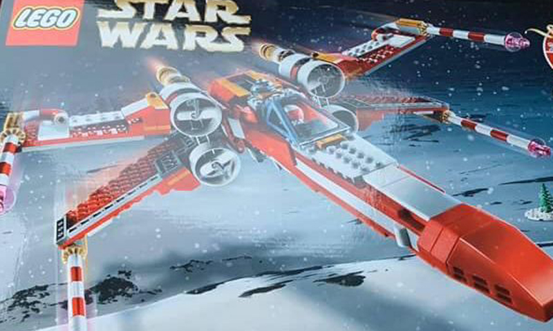 LEGO Star Wars Christmas X-wing (4002019)