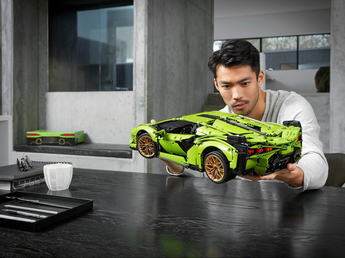 READ: Official Press Release of the LEGO Technic Lamborghini Sián FKP 37 (42115) Set
