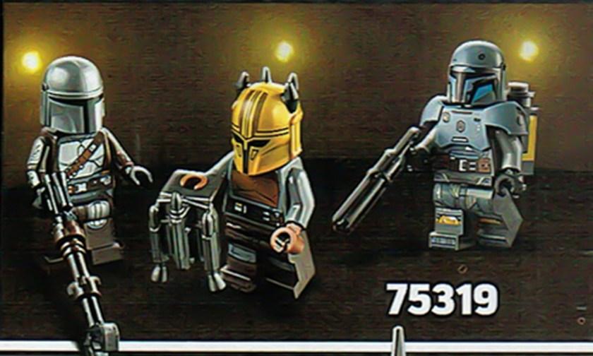 75319 minifigs