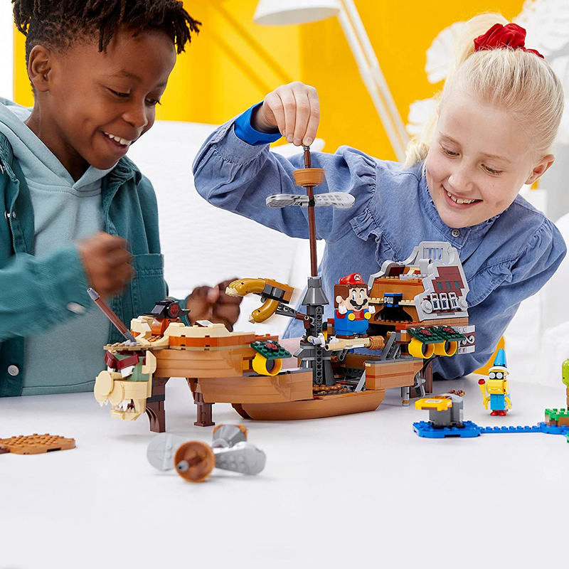 LEGO Super Mario Bowser's Airship (71391) Makes an Appearance