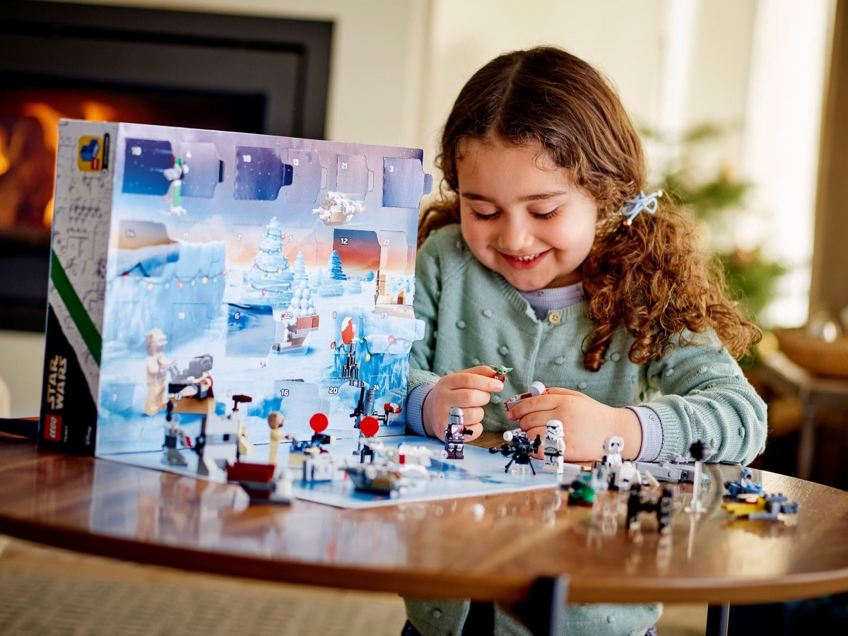 LEGO Star Wars Advent Calendar (75307) Official Images Released