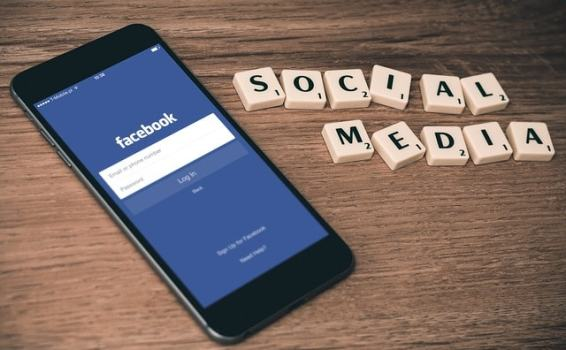How to use social media to generate interest in your newest inventions in 4 steps