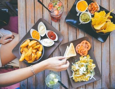 3 restaurant marketing ideas to drive more orders this summer