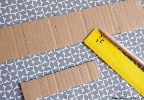 Fabriquer un robot en carton