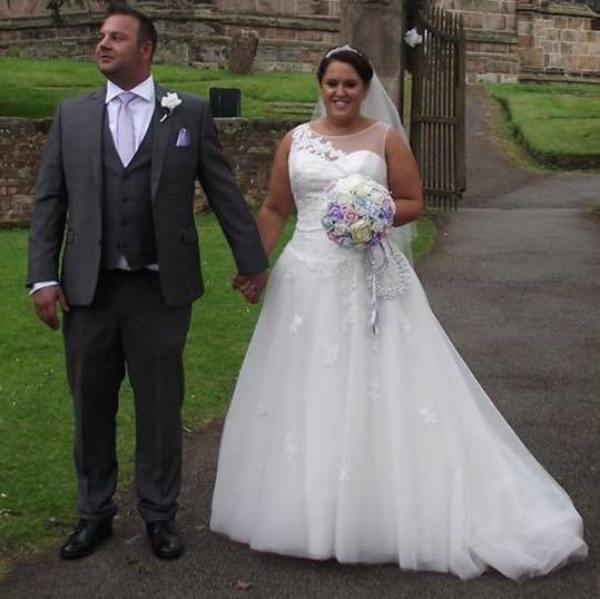 Lisa wedding bouquet pastel