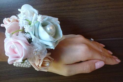 Pearl wrist corsage mint