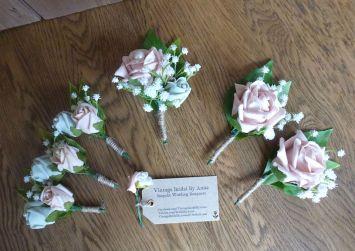 Rose artificial wedding button hole