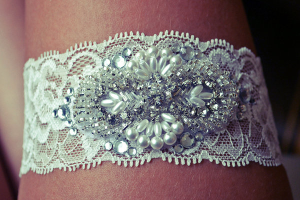 DIY We Love: Wedding Garter