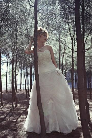 whimsical wedding dress ruffles | britt spring photography