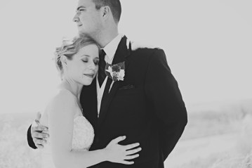 chic and stylish bride and groom   sarah vaughan photography