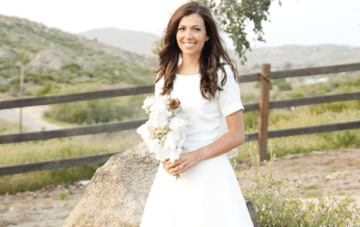Rustic, DIY Farmhouse Wedding With A 1950s Style Bride