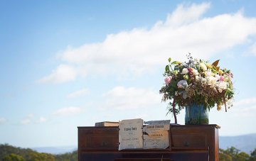 Intimate Rustic Country Lodge Wedding In Australia | Nikole Ramsay Photography | Bridal Musings 27