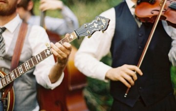 Expert Tips On Hiring Live Musicians For Your Wedding