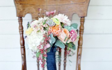 Pastel Rustic Chic Wedding   Laura Murray Photography   Bare Root Flora 15