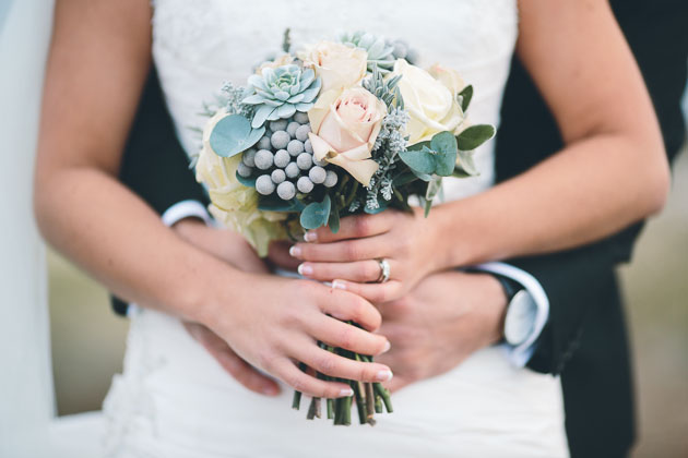 Chic Black, White & Silver Grey Winter Wedding