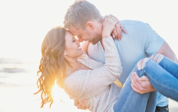 Sexy Beach Engagement Shoot | Closer To Love Photography | Bridal Musings 26