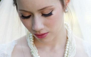 Classic Blue Wedding | Ali Lovegrove Photography via Bridal Musings  19