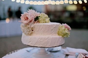 Reem Acra wedding dress   chic California wedding   Traci Griffin Photography   Bridal Musings 0