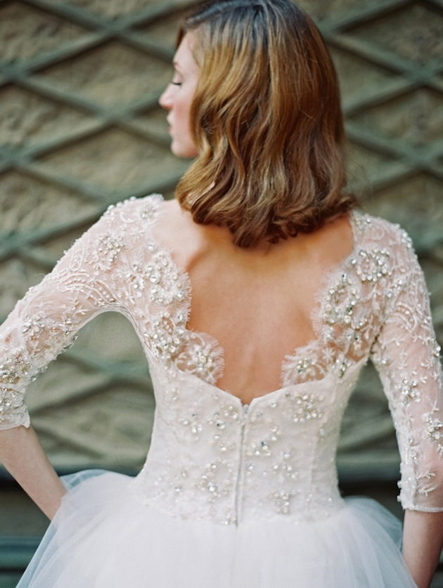 SPARKLY LACE WEDDING DRESS