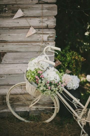 Blush and Mint Rustic DIY Wedding | Beca Companioni Photography | Bridal Musings Wedding Blog 28