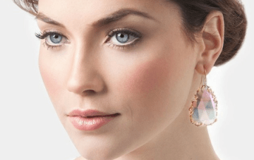 Dreamy Iridescent Bridal Jewelry By Kendra Scott