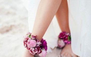 Barefoot Brides | Bridal Musings Wedding Blog 3