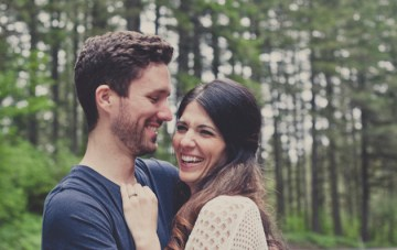Romantic Woodland Engagement Shoot | Terra Rothman Photography | Bridal Musings Wedding Blog 10