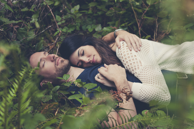 Romantic Woodland Engagement Shoot | Terra Rothman Photography | Bridal Musings Wedding Blog 5