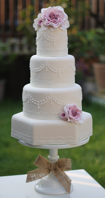 2014 Wedding Cake Trends 5 Vintage Wedding Cakes  Bridal Musings