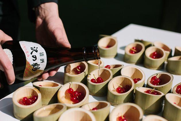Cute Cocktails | Wedding Ideas | Bridal Musings Wedding Blog 6