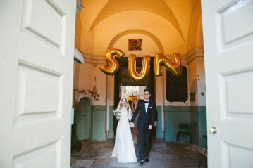 Insanely Cool Shoreditch Wedding | Ellie Gillard Photography | Bridal Musings Wedding Blog 14
