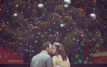 A Wedding Planner's Expert Tips for Styling a Christmas Wedding