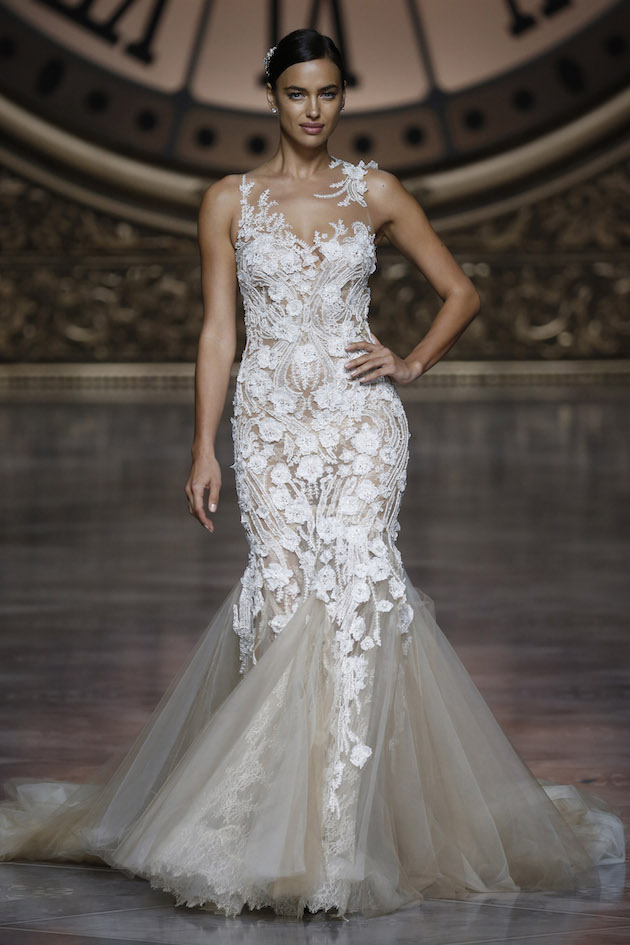 4fbc5b75632 Barcelona Bridal Week: Pronovias Wedding Dress Collection 2016 ...